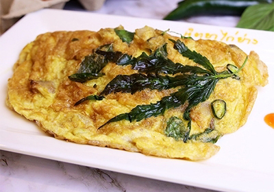 Khun  Shine'  omelet  with herb
