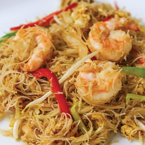 Singapore style fried rice noodle