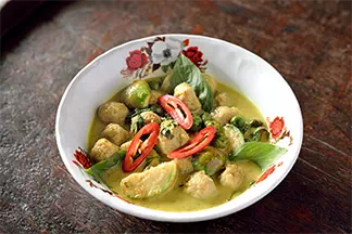 Green Curry Look Chin Pla Krai