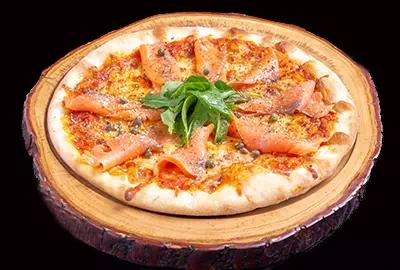 Salmon & Rocket Pizza