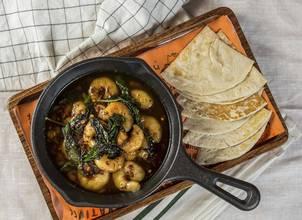 Sizzling Garlic Chilli Prawns