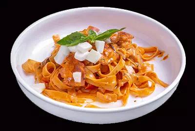 Fettuccine Chianti (Ham, Mushrooms, Cream & Wine)
