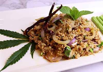 Minced  pork spicy salad with herb